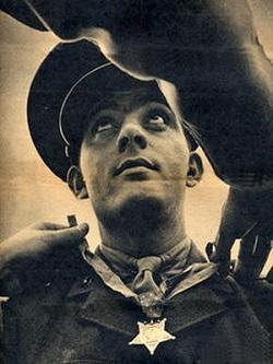 John Basilon receiving Medal of Honor