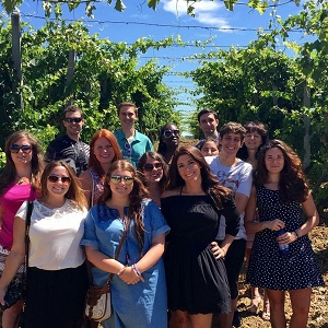 GCU Students at Vineyard in Bedonia