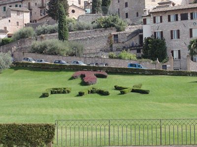 PAX on the lawn of the Basilica di San Francesco