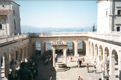 Cloister in the style of Bramante