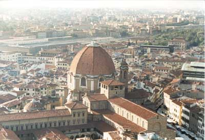 San Lorenzo & the Cupola of the Medici Chapel Upclose
